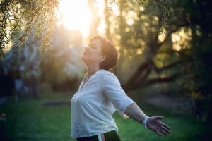 achtsamkeit achtsam achtsam mit mir achtsam mit dir selbstachtung selbstliebe glückliches Leben atmen tief durchatmen